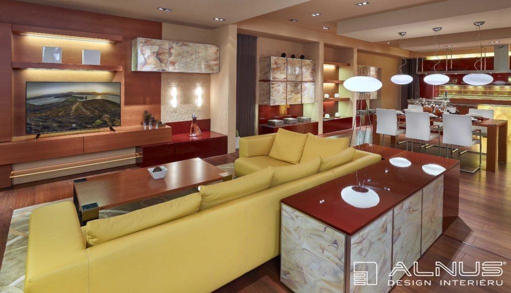 obývací pokoj s kuchyní a jídelnou a opálovými skly