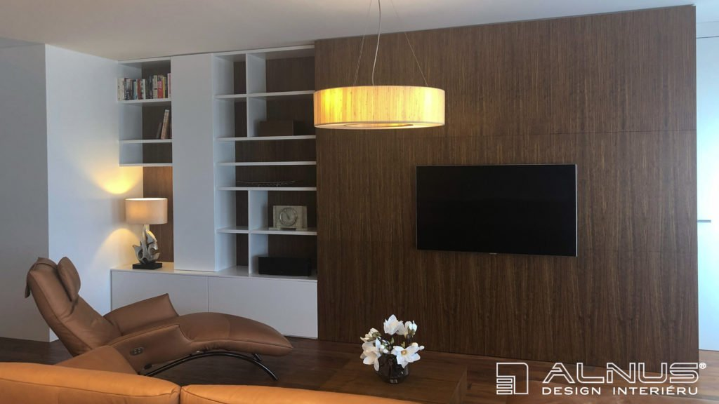 minimalistický interiér bytu 3+kk