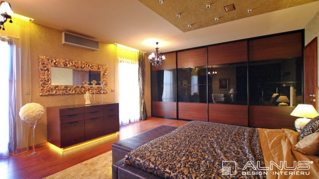 vestavné skříně s posuvnými dveřmi