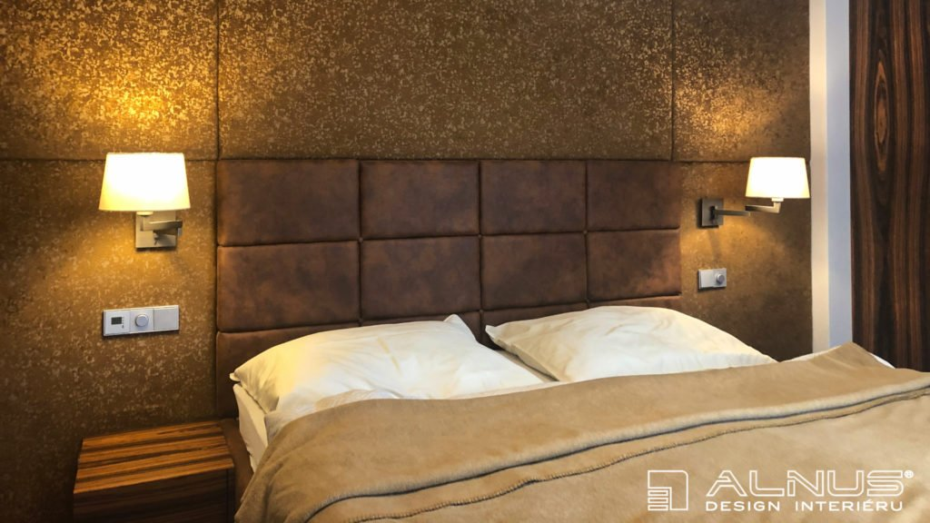 čalouněné čelo postele moderní ložnice