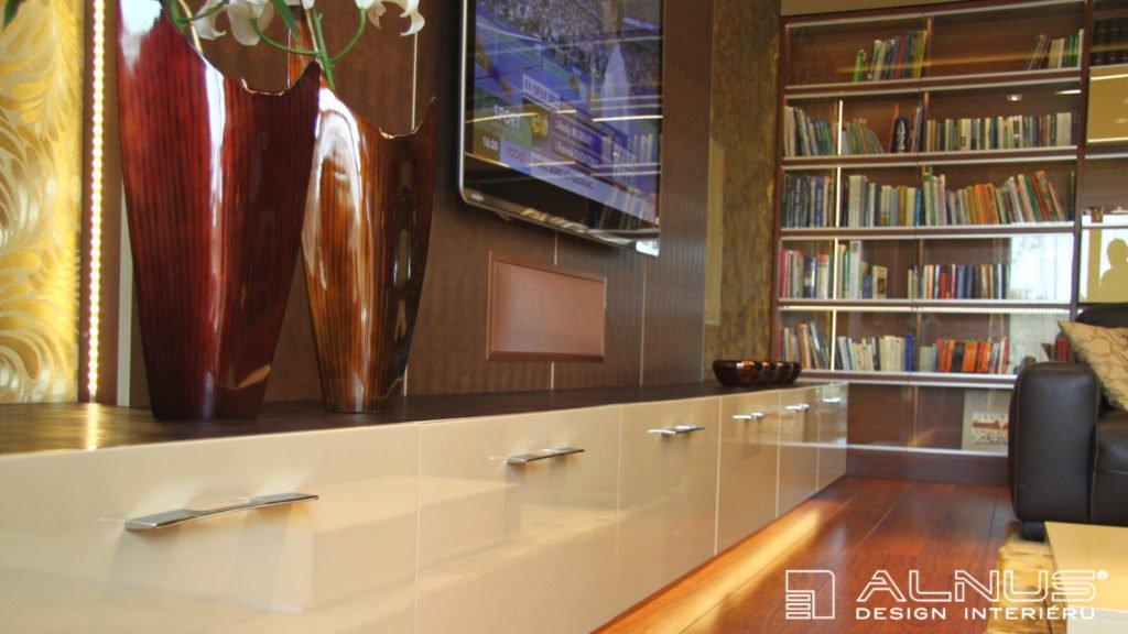 vestavný reproduktor v interiéru moderního obývacího pokoje