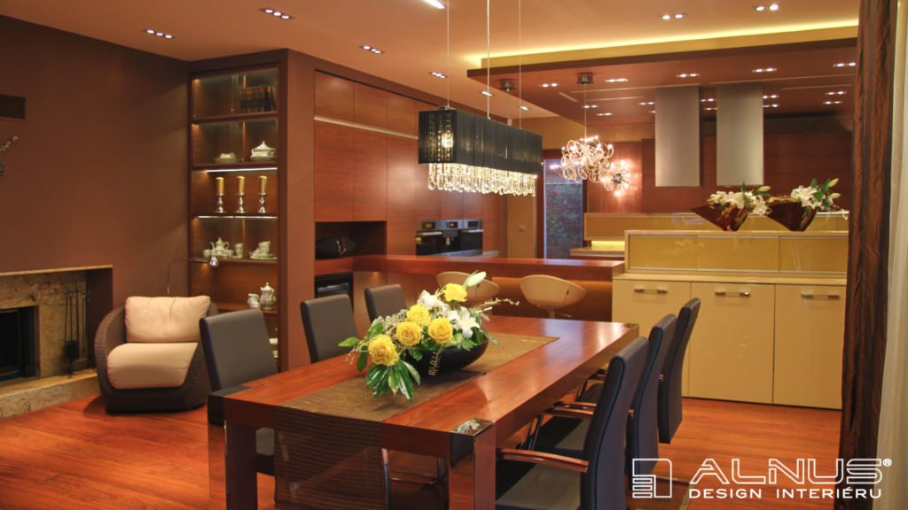jídelna v interiéru moderní kuchyně