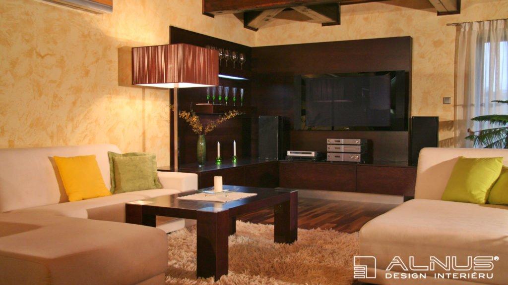 obývací pokoj v interiéru chalupy