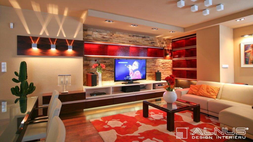 design obývacího pokoje s obkladovým kamenem
