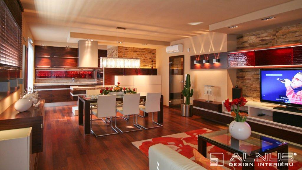 moderní kuchyně s obývacím pokojem v interiéru bytu 3+kk