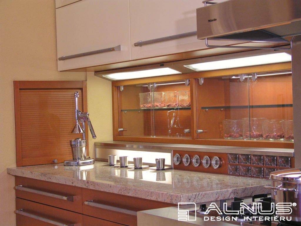 žulová pracovní deska v kuchyni