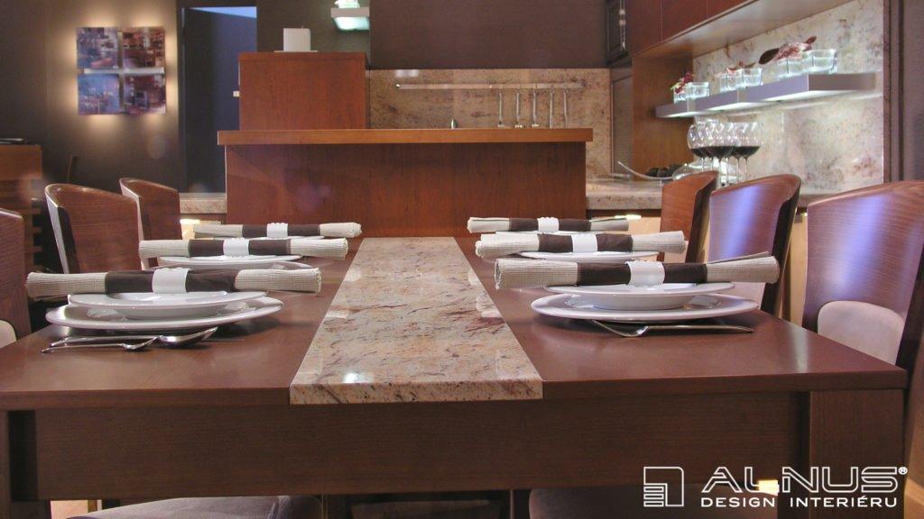 design jídelního stolu s vloženou žulovou deskou