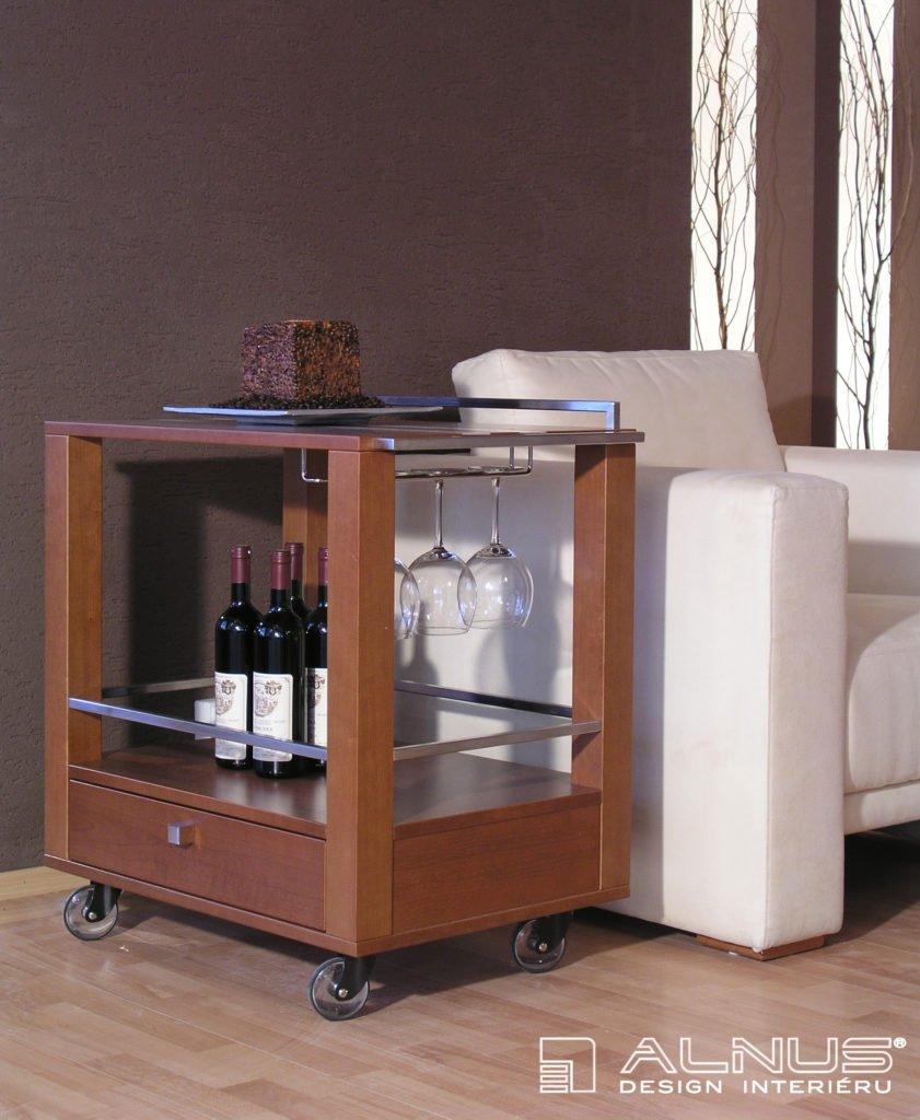 design servírovacího stolku v moderním interiéru