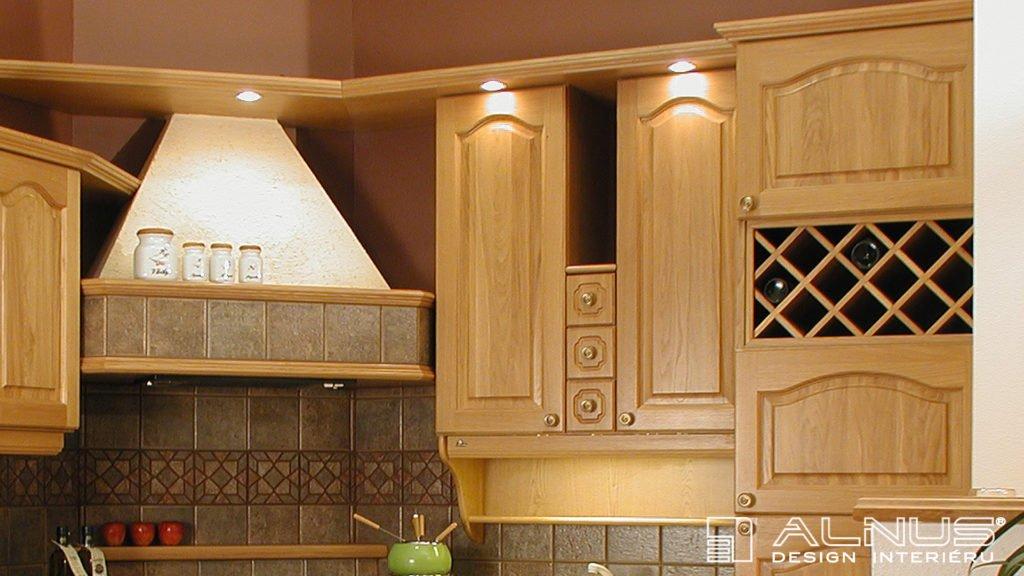 design digestoře kuchyně ve venkovském stylu